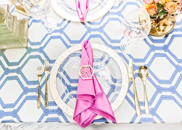 Modern Wedding Place setting with gold napkin ring - Photography: Sarah Casile Weddings