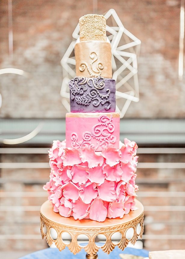 Pink and gold vintage wedding cake - Photography: Sarah Casile Weddings