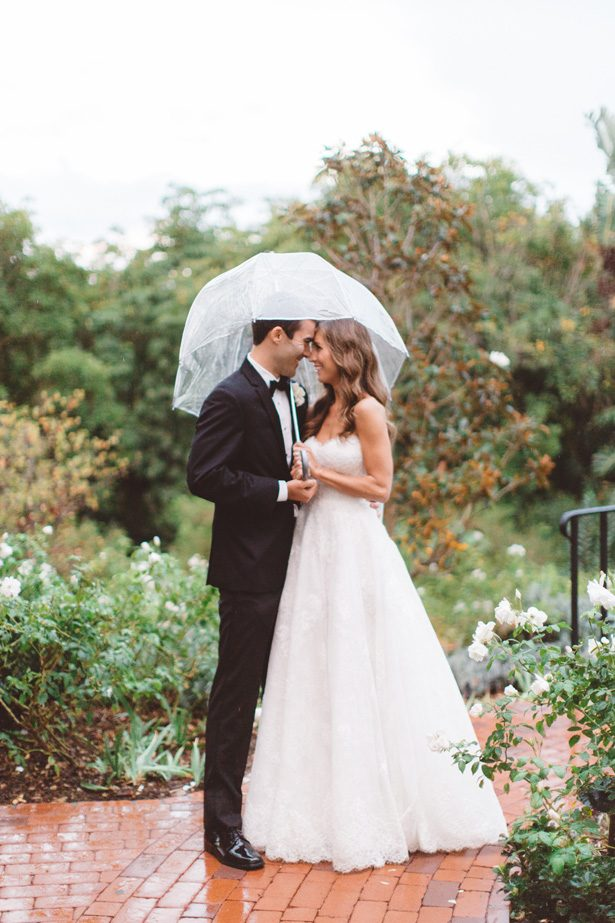Romantic wedding photo | Rainy Day Wedding Moments - Anna Delores Photography