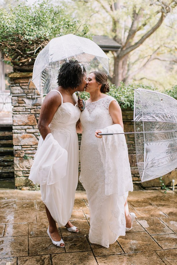 Romantic wedding photo | Rainy Day Wedding Moments - Anne Spires Photography