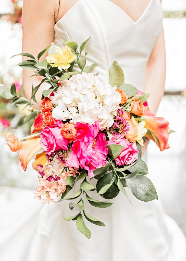 bright wedding bouquet - Photography: Sarah Casile Weddings