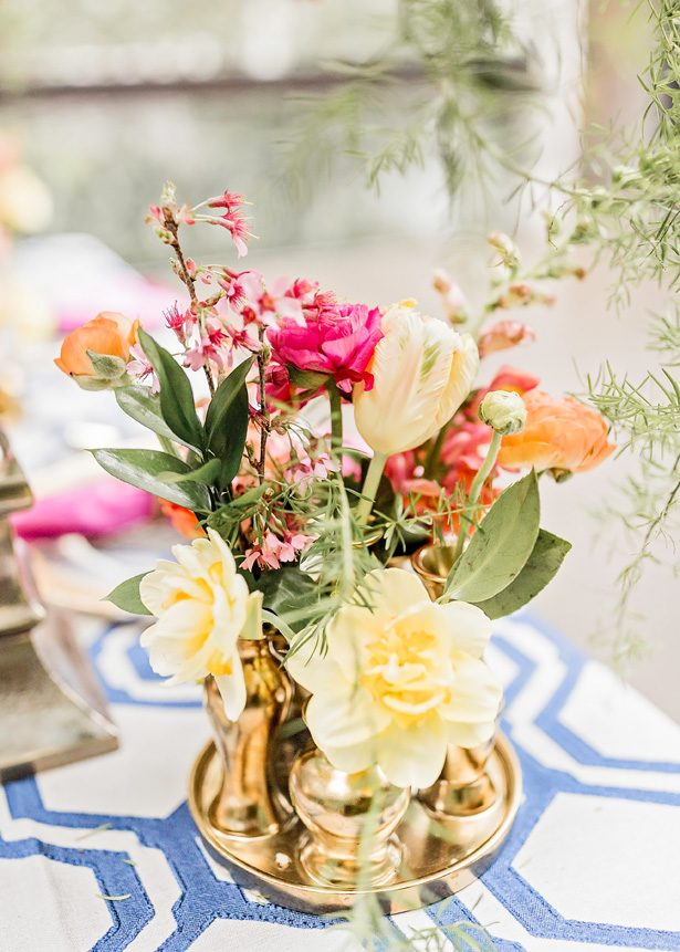 bright wedding flower centerpiece - Photography: Sarah Casile Weddings