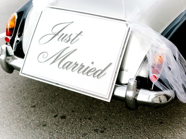 just married wedding sign - Sarah Nichole Photography
