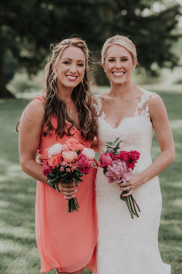 Coral inspired bouquets - Kelli Wilke Photography