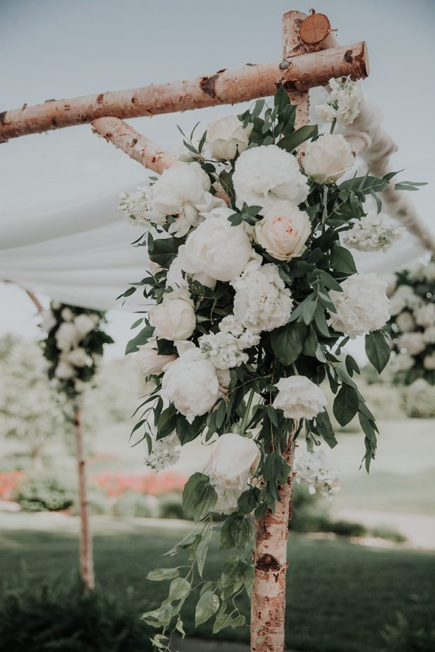 wood wedding canopy decor - Kelli Wilke Photography