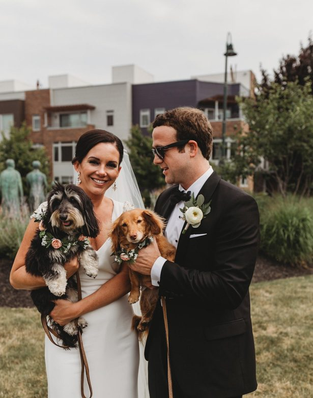 Wedding picture with dogs - Mann and Wife Photography