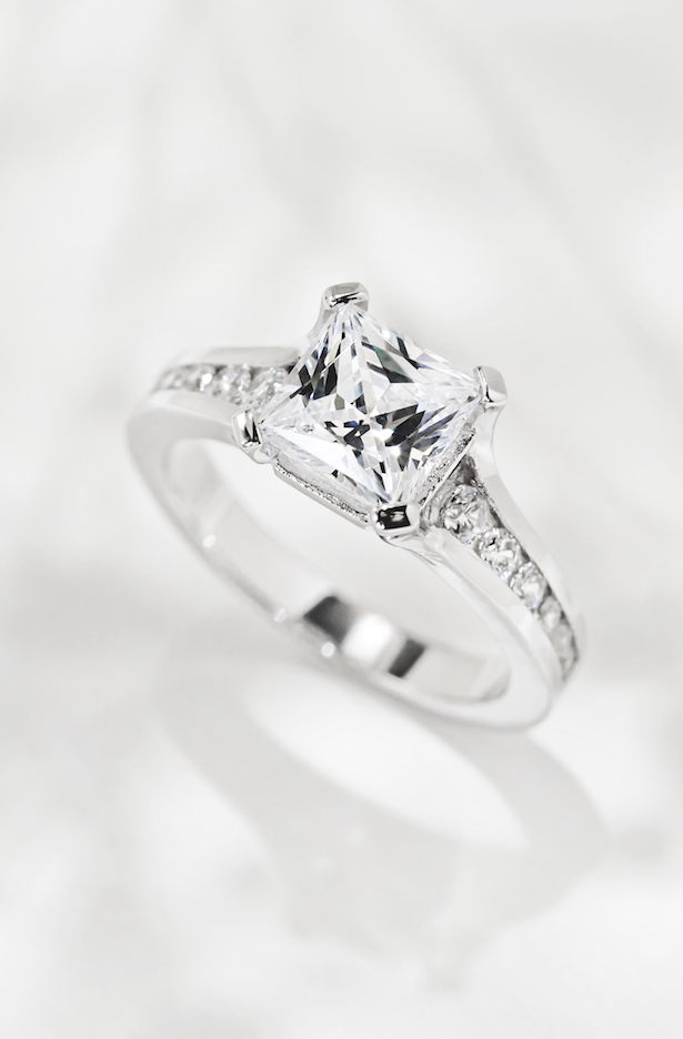 MiaDonna Ethical Engagement Rings with Lab-grown diamonds - Dashing