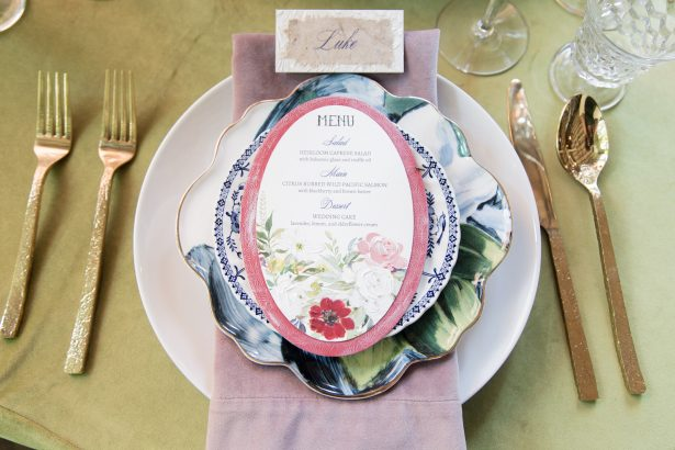 Vintage Wedding place setting - Photography: Szu Designs, Inc