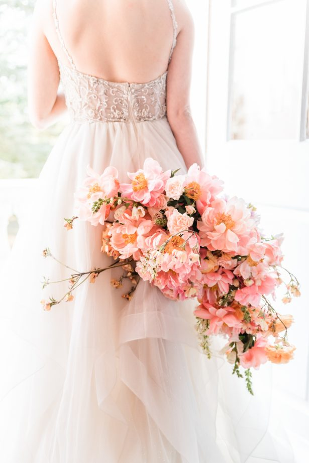 Cascading peony wedding bouquet - Photography: Michelle Lynn Weddings
