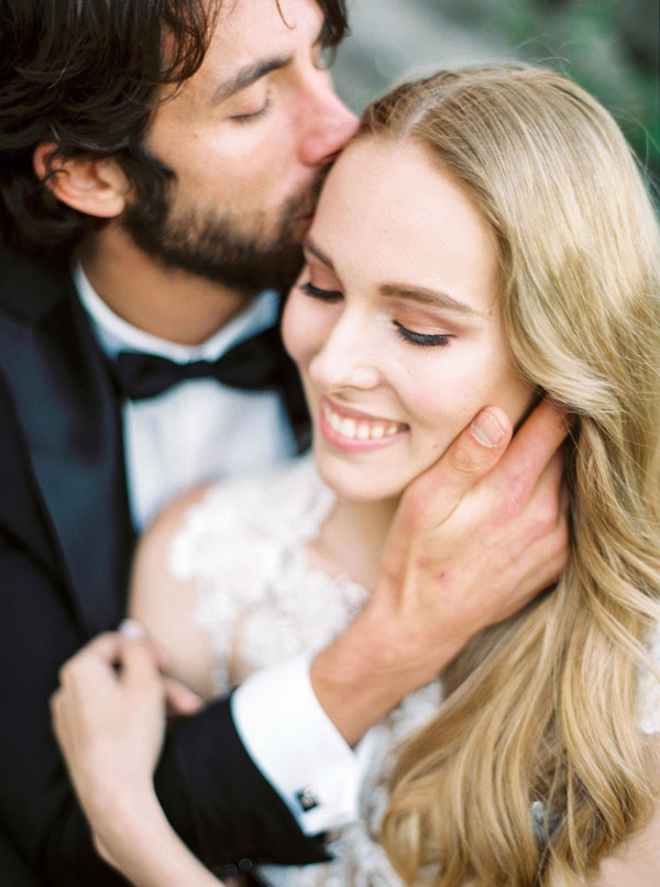 Romantic wedding photo - Photography: The cablookfotolab