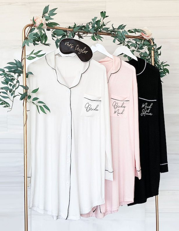 Pijamas - Fabulous Bridesmaid Gift Ideas Your Besties Will Love1