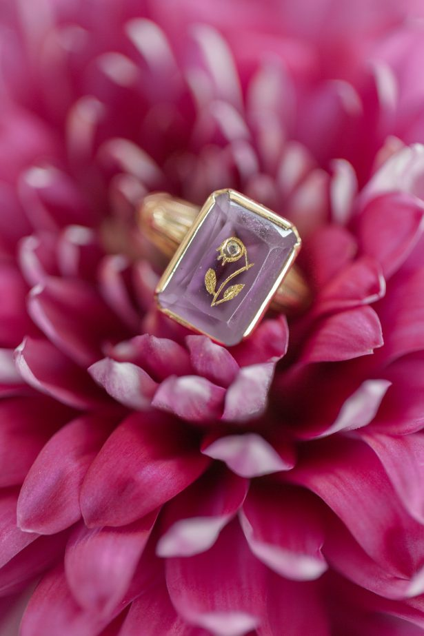 Vintage Purple and gold engagement ring - Photography: The Hendricks