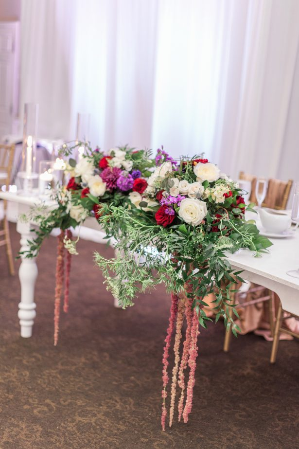Long wedding centerpiece - Photography: The Hendricks