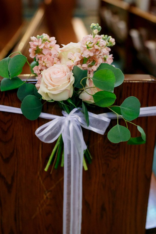 Wedding ceremony flowers - Jenny DeMarco Photography