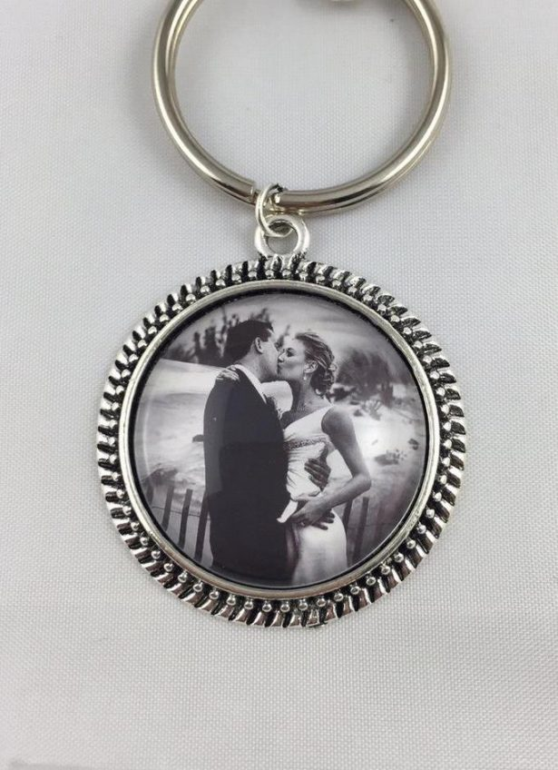 wedding photo gifts - key chain