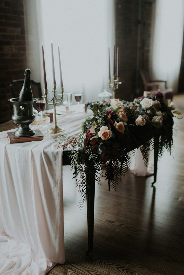 Sweetheart table-  Violet Short Photography