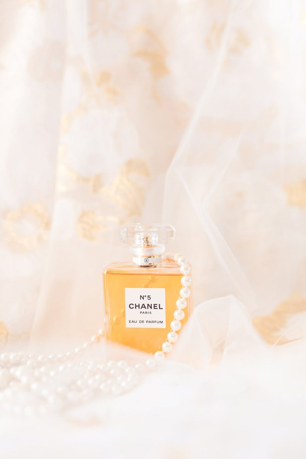 Wedding Perfume-  Jennifer Markle Photography