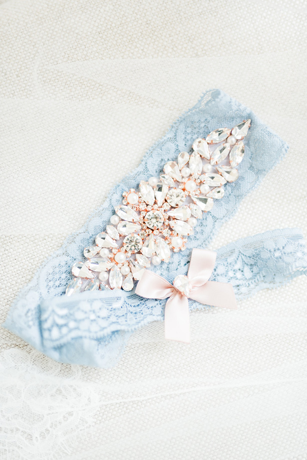 Blue lace bridal garter - Photo by Stephanie Kase Photography