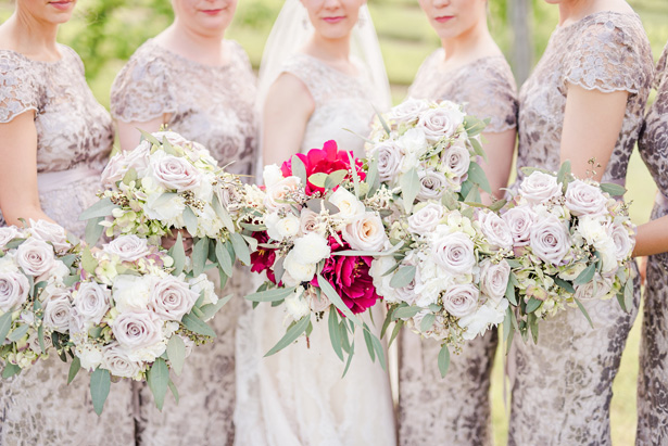 bridesmaid bouquets - Photo by Stephanie Kase Photography