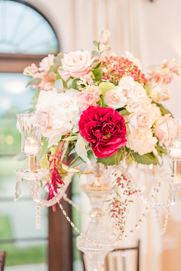 Tall wedding centerpiece -Photo by Stephanie Kase Photography