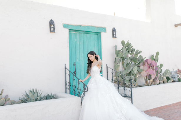 Southwest Romance Bridal Inspiration: 6 Tips to Find Your Dream Wedding Dress