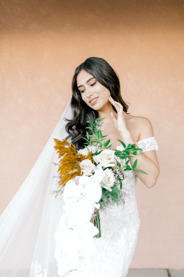 Sophisticated Bride - Allure Bridals - Sparrow and Gold Photography