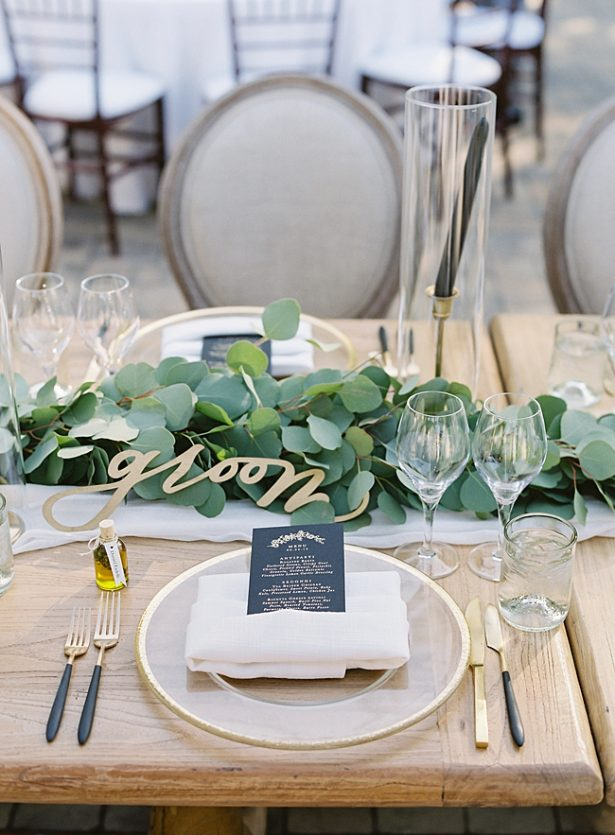 Napa Wedding reception head table decor with greenery and gold place settings- O'Malley Photography