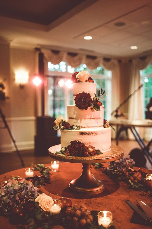 Romantic fall wedding cake table with flowers - Aileen Elizabeth Photography