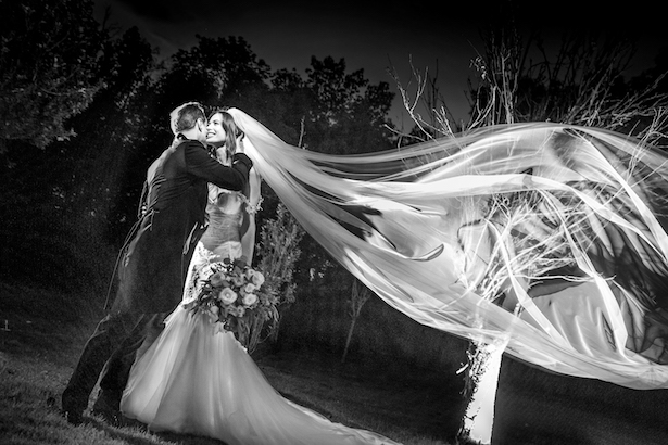 Romantic Wedding photo - Photography: Vincent Zasil