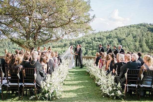 Outdoor Tuscany Wedding Ceremony overlooking the mountains- Purewhite Photography