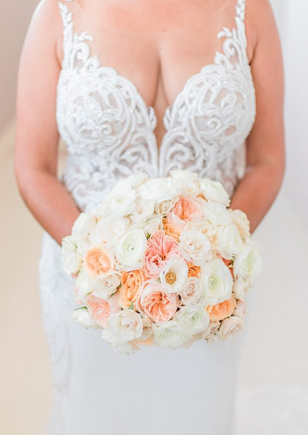 Blush and peach wedding bouquet inspiration - Photography: JBJ Pictures
