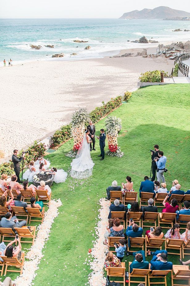 Cabo Destination Wedding overlooking the ocean - Photography: JBJ Pictures