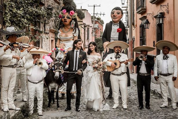 Latinx Wedding - Lilly Red Photography