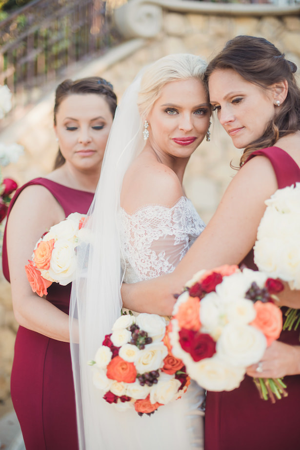 Bride and bridesmaids photo - Sun and Sparrow Photography