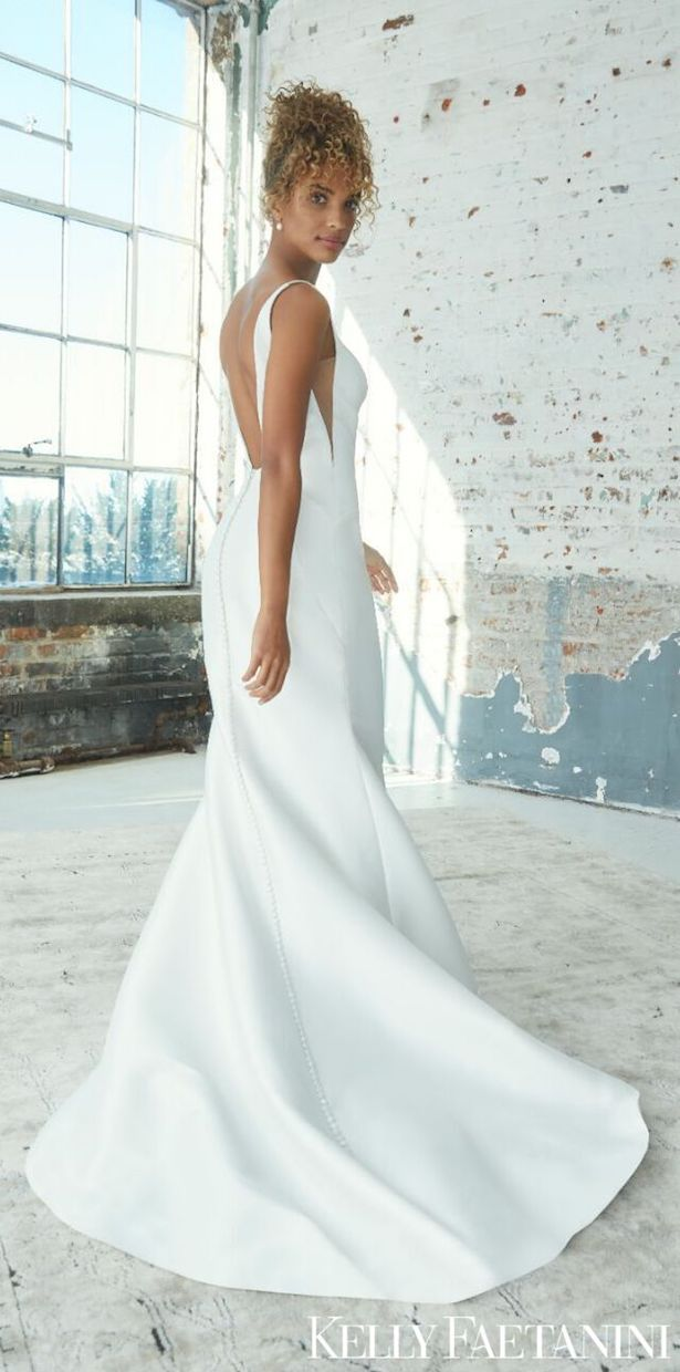 Kelly Faetanini Wedding Dresses 2021 - OAKLEY