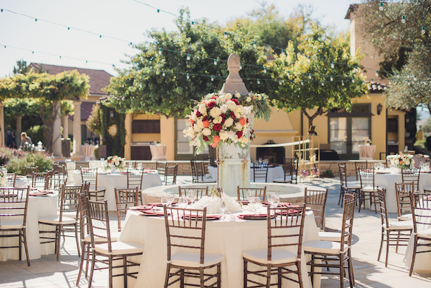 Outdoor tuscany inspired wedding reception - Sun and Sparrow Photography