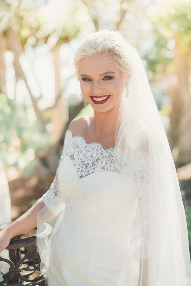 Sophisticated bride - Sun and Sparrow Photography