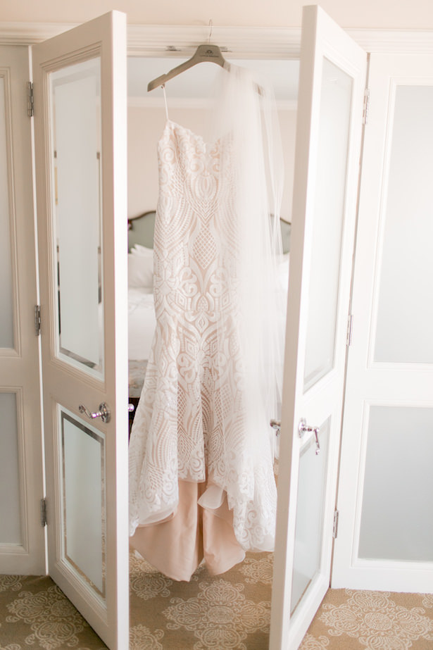 Lace mermaid wedding dress - ARTE DE VIE Photography