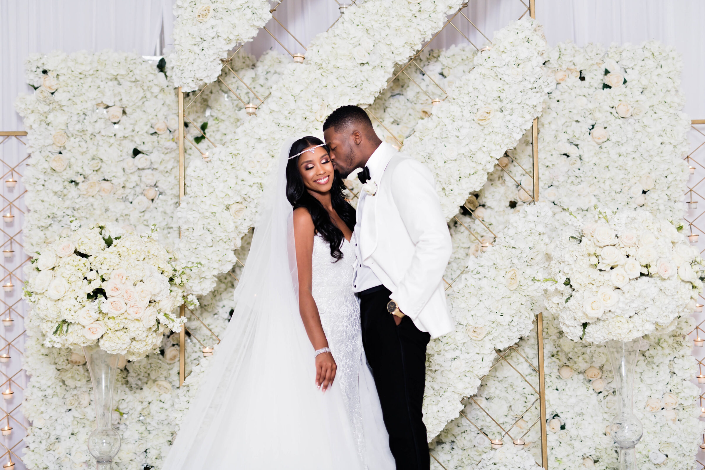 Black bride and groom at their luxury wedding in Houston - Photography: Pharris Photos