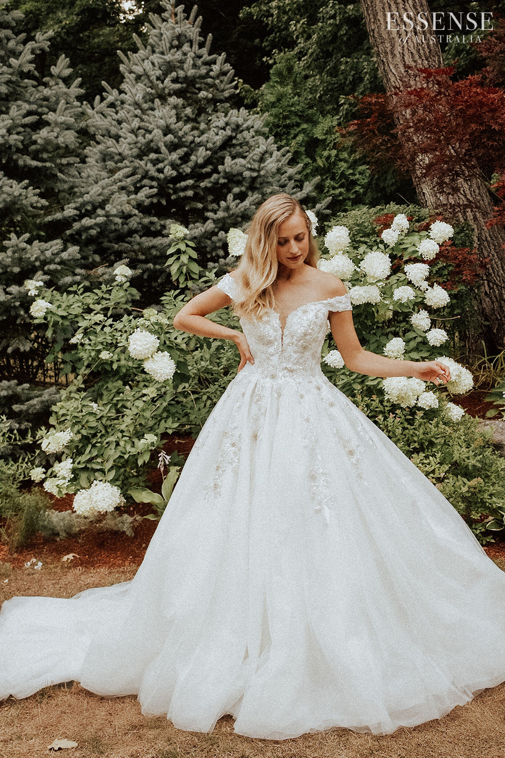 Essense of Australia Wedding Dresses Spring 2020 - D3245