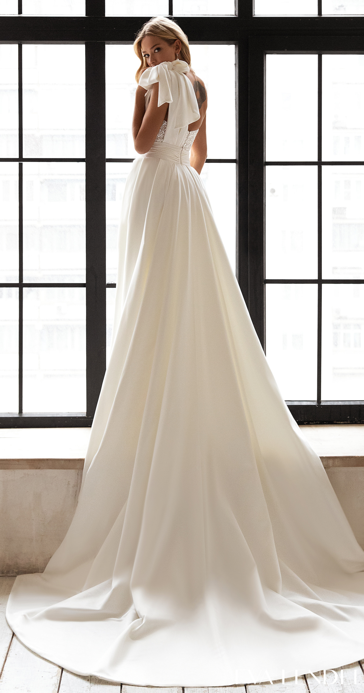 Eva Lendel Wedding Dresses 2021- Less is More Collection -Davina