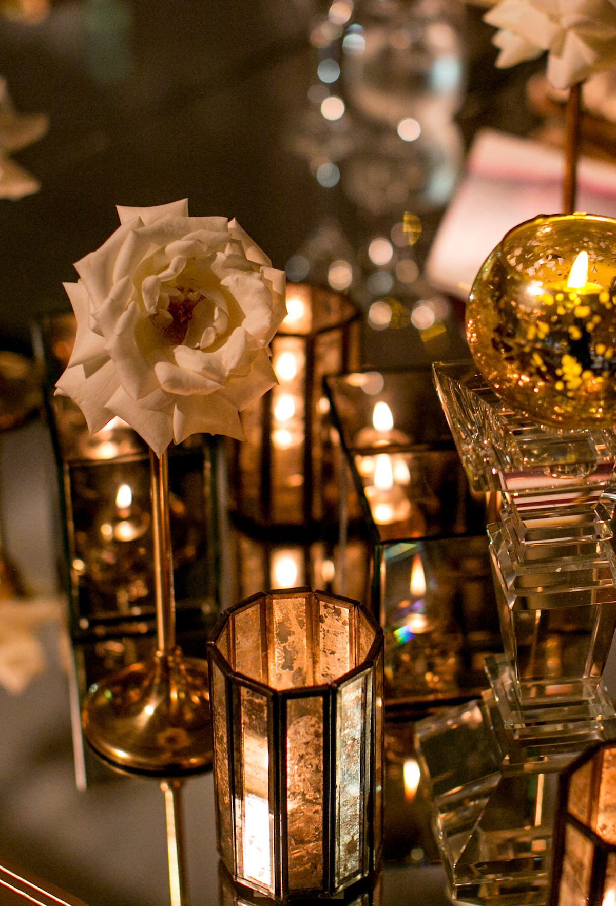 Luxury gold wedding centerpiece - Nadia D Photo