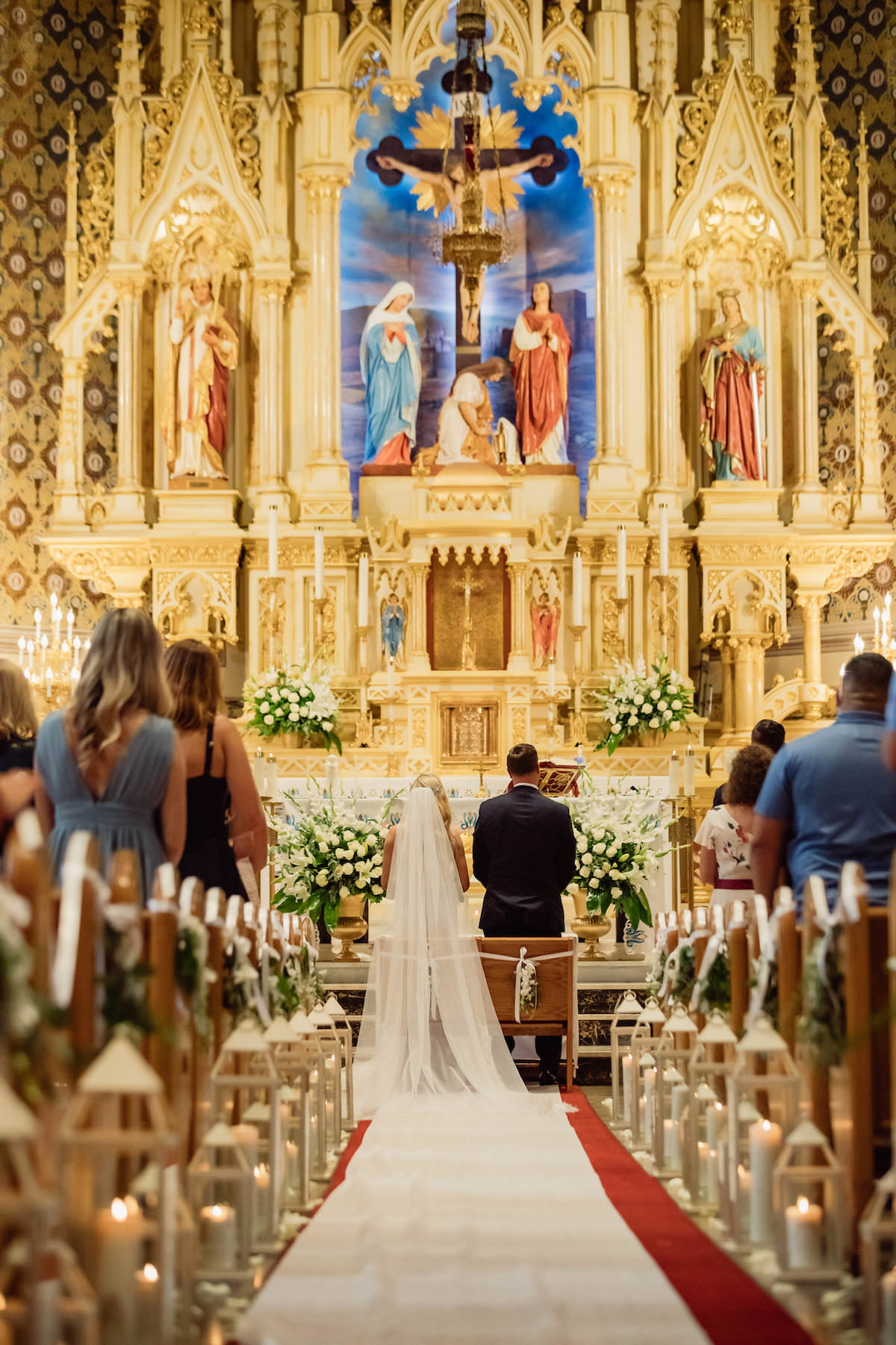 Church wedding ceremony - Photography: Charming Images