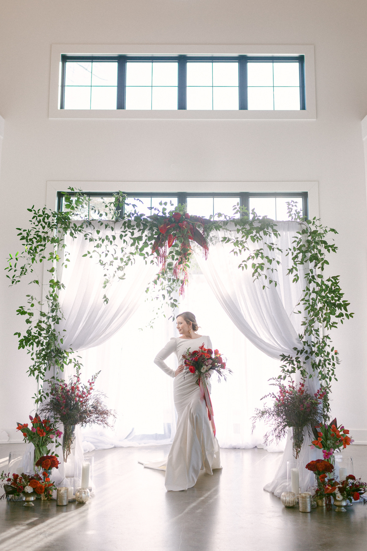 Red and green wedding ceremony arch - 5th Fine Art Photography
