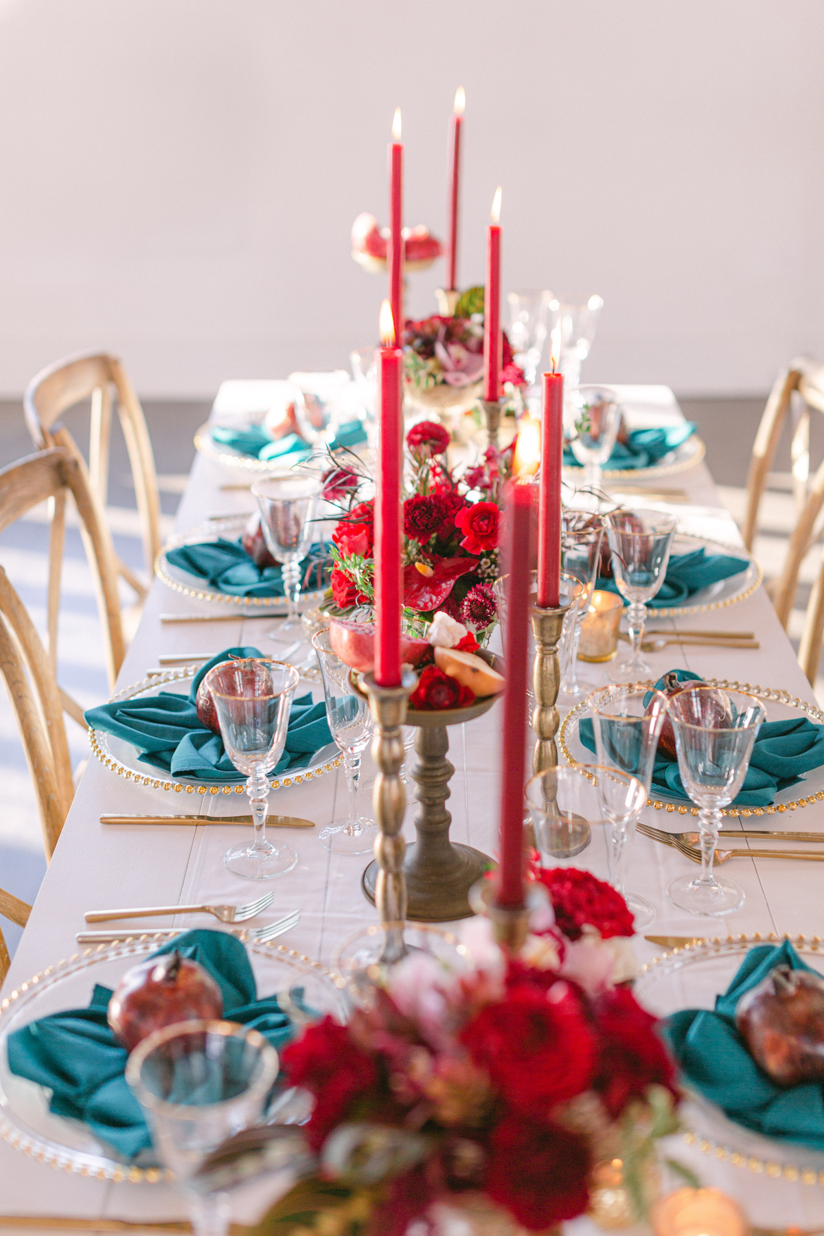 Red and teal wedding tablescape - 5th Fine Art Photography
