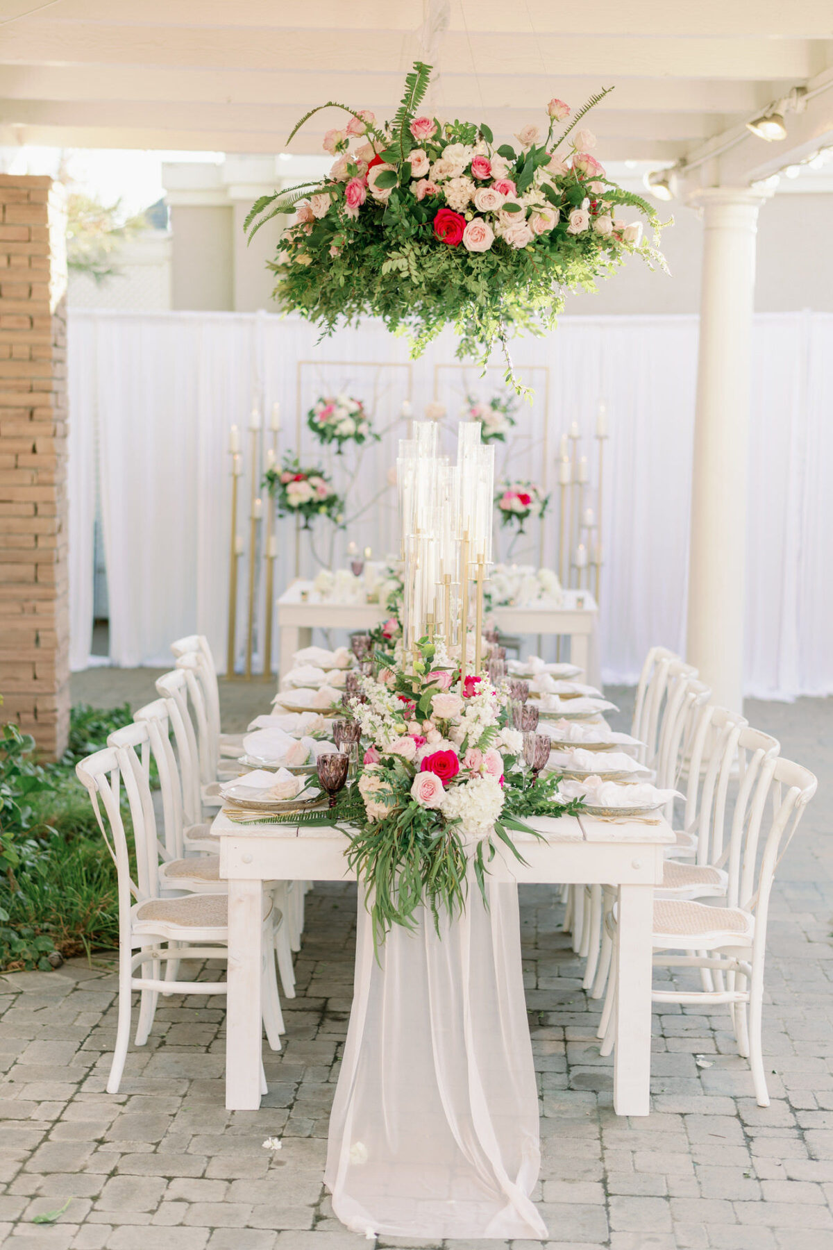 Wedding table greenery and flowers installation - Peony Park Photography