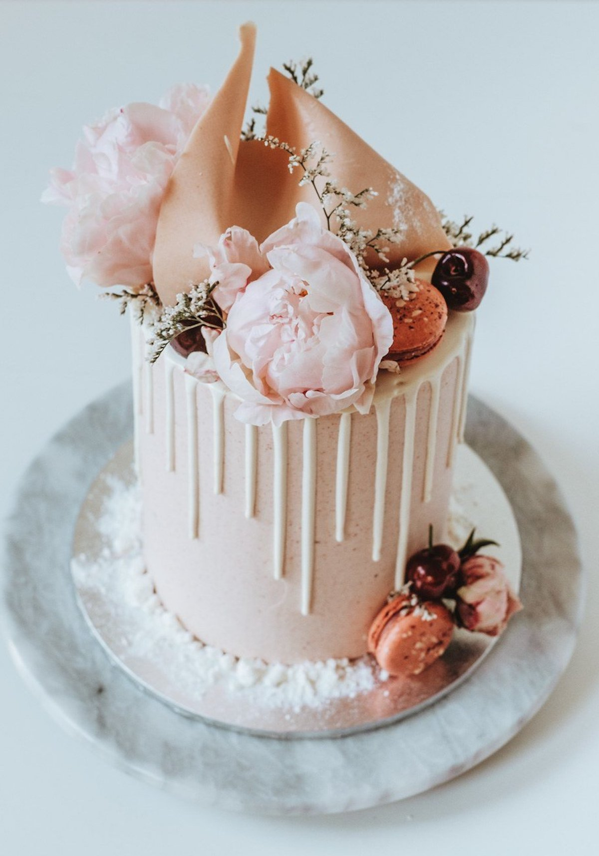 One tier small wedding cake - Cakes by Cliff