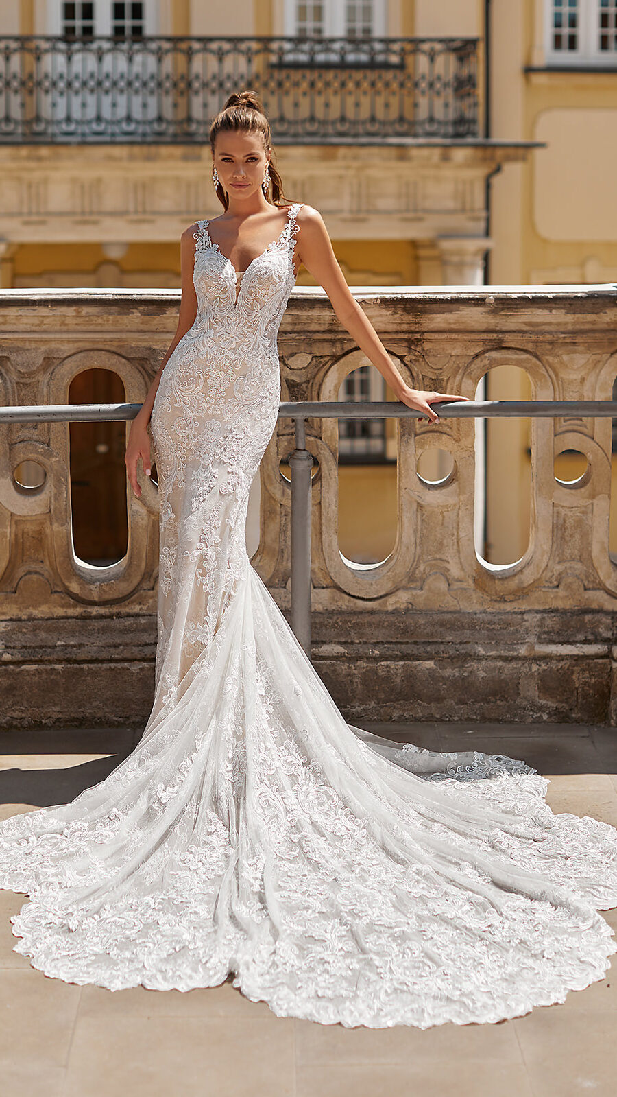 Designer Wedding Dresses by Moonlight Couture 2022 Bridal Collection - H1491